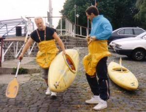 Wolfgang Lübke (links) bei der Kanu-AG