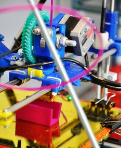 Das Innere eines 3D-Druckers HP