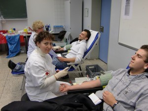 Blutspendeaktion 11 2010 2 Schüler