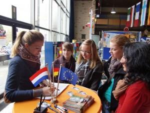 Göntje Gust von Studienscout NL berät Abiturientinnen HP